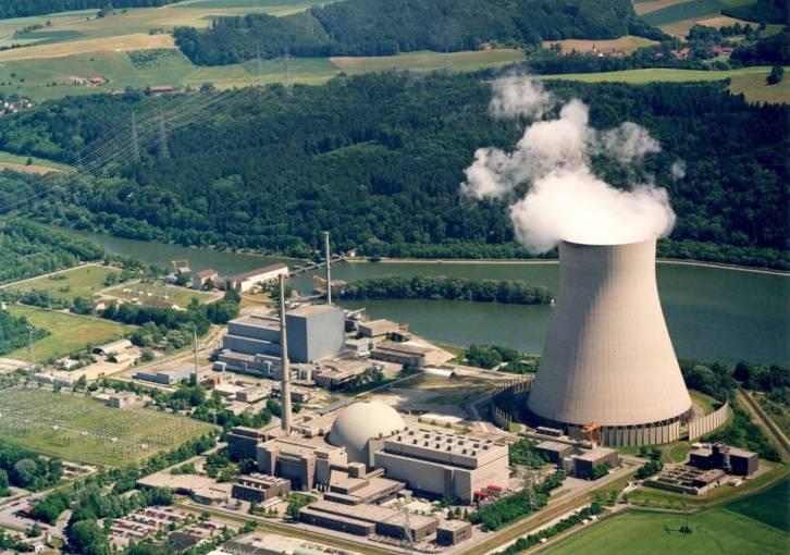 Gelnde_des_Kernkraftwerk_Isar_KKI